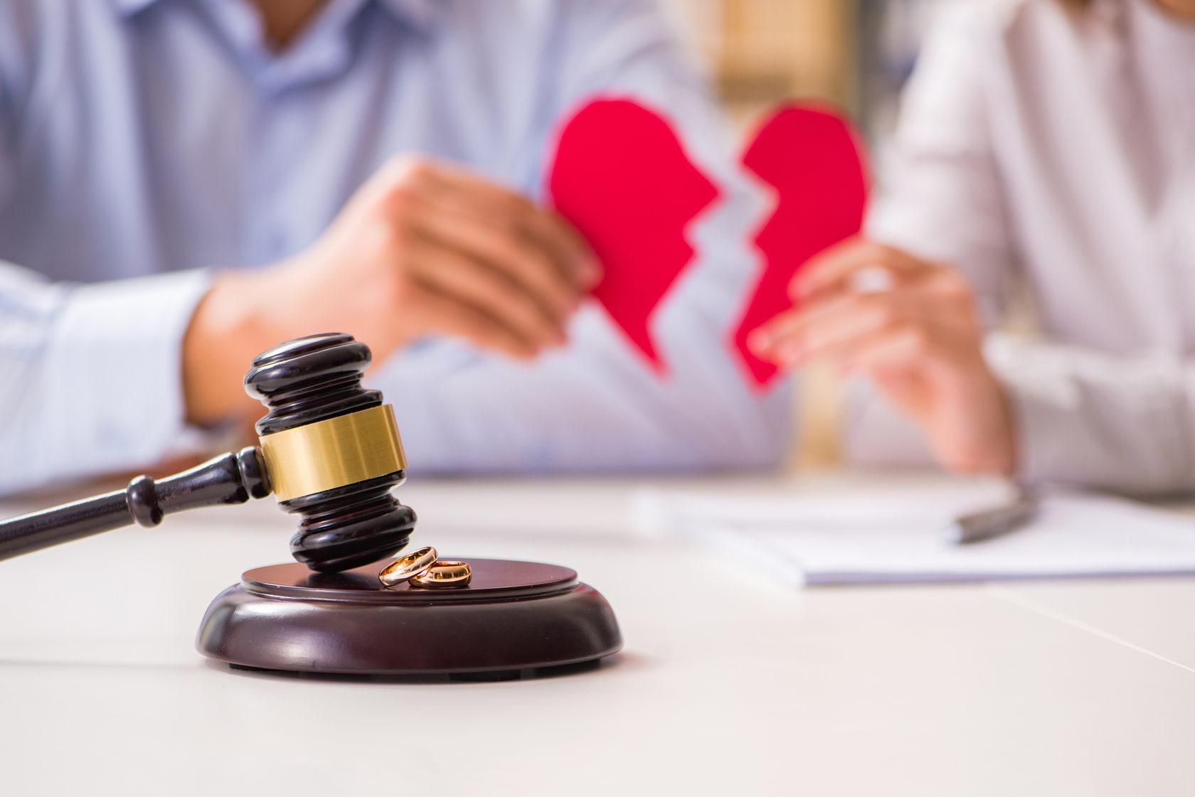 адвокат семейный спор